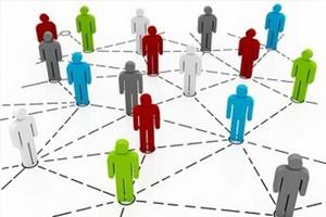 Связь партий, активистов и избирателей формирует ядро