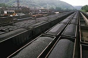 В Украине добыча угля снизилась в два раза