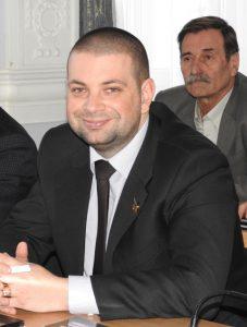 Умалишённый николаевский депутат Порошенко Евгений Рымарь раздосадовал Green Peace