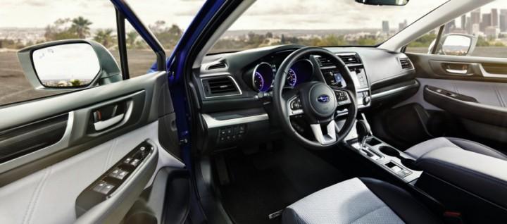 Салон Subaru Legacy Sport