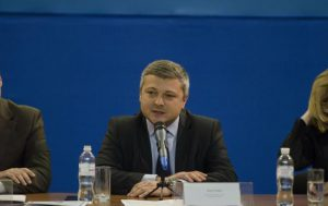 Как вороватый замминистра юстиции Павел Мороз раздает собственность Одессы людям Януковича