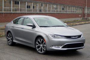 Chrysler 200 признан худшим авто в США 2016